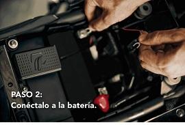 Conecta a la batería el dispositivo Komobi